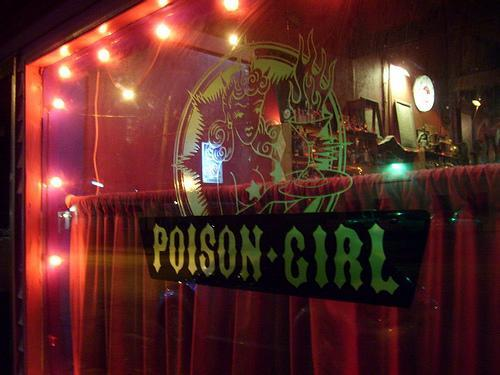 Poison Girl Photo